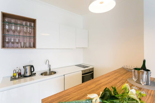BoutiquePineTree_onebedroom (24).jpg