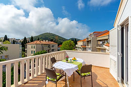 Villa Vinka, situated in a family home, is a perfect location for couples, family or group of friends. Everything one might need is in a close proximity of the house - supermarket, bakery, bank, pharmacy, restaurants, cocktail & café bars. A truly great base for exploring Dubrovnik & county!