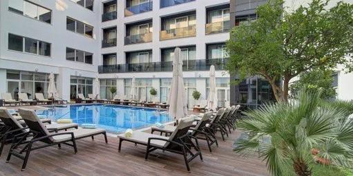 Dubrovnik-restaurants-Hotel-Lero-Pool-Ba