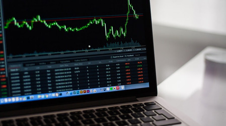 Copying trades of successful traders - Metatrader 4