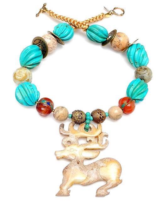 Memorable Turquoise Necklace & Antique Jade Deer Pendant