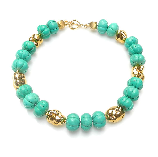 Simple, Effective Turquoise Howlite & Gold Necklace
