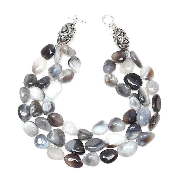 Impressive Grey & White Agate Pebble Multi-Strand Necklace