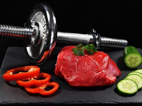 筋トレ食事メニュー例|バルクアップやダイエットに適切な食材とレシピのご紹介