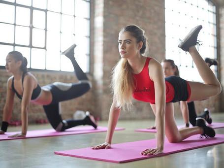 女性の自重トレーニングメニュー|一週間のダイエットプログラム例