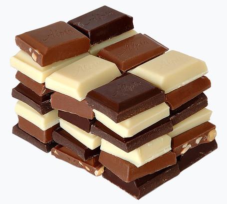 チョコレートのカロリーと栄養素と筋トレ|バルクアップ・ダイエットでの筋肉との関係