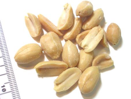 ピーナッツのカロリーと栄養素と筋トレ|バルクアップ・ダイエットでの筋肉との関係