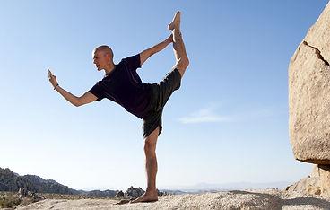 yoga-men-shutterstock_11.2e7d6110252.ori