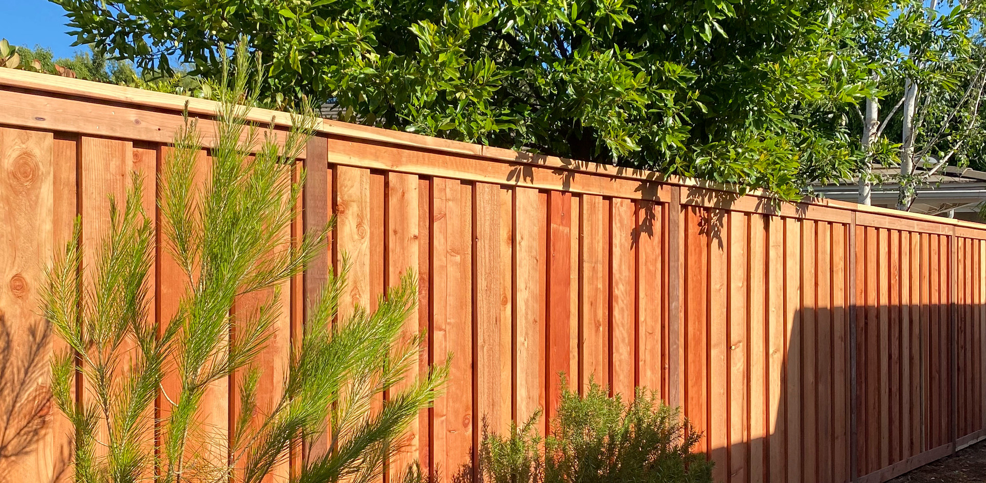 Board-on-Board Cap & Trim Redwood