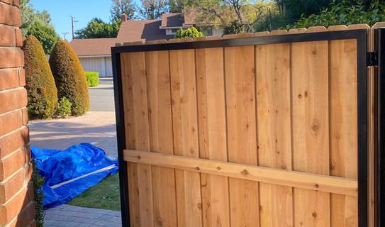 Board-on-Board Cedar Gate