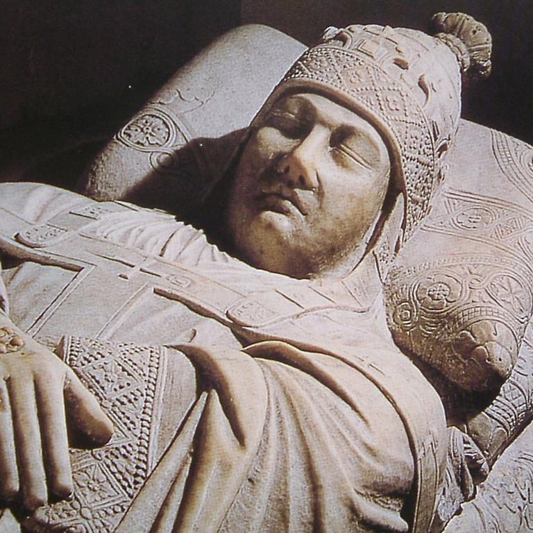 Abiti ed Immagini dei Pontefici tra XIII e XIV secolo ,