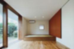 石垣の家 新築 住宅 2階建 木造 大分県 別府市 シンプル 和モダン 和室 小上がり 庭につながる 自然素材