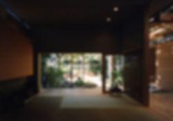 藤ノ木台の家 改装 リフォーム 住宅 1階 増築 RC コンクリート造 木造 関西 奈良県 奈良市 和モダン シンプル ナチュラル 庭 ウッドデッキ テラス 和室 落ち着きのある 自然素材 無垢材 建築家 縁なし畳