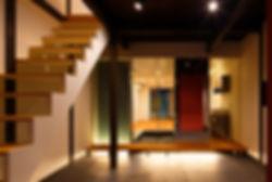 紫野の家 改装 リノベーション リフォーム 住宅 町家 2階建 木造 関西 建築家 京都府 京都市 シンプル 和モダン 間接照明 土間 リビング ストリップ階段 自然素材 おしゃれに