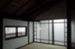 大心院の家 改装 リノベーション リフォーム 住宅 町家 2階建 木造 関西 京都府 京都市 シンプル 和モダン 寝室 吹抜け ガラス 畳
