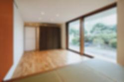 石垣の家 新築 住宅 2階建 木造 大分県 別府市 シンプル 和モダン 和室 庭に広がる 自然素材