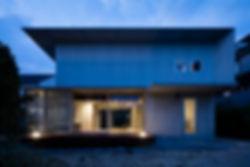 曽根の家 新築 住宅 2階建 RC コンクリート造 コンクリート打放し 関西 木造 大阪府 豊中市 シンプル モダン 外観 夜景