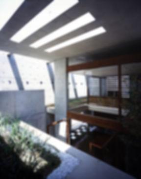 EShouse-02 新築 住宅 2階建て RC コンクリート造 木造 大阪府 大阪市 シンプル モダン 天窓 トップライト 中庭g