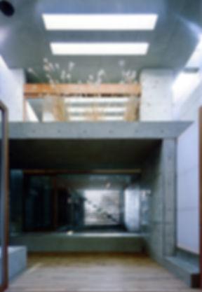 EShouse-02 新築 住宅 2階建て RC コンクリート造 木造 大阪府 大阪市 シンプル モダン 天窓 トップライト 中庭
