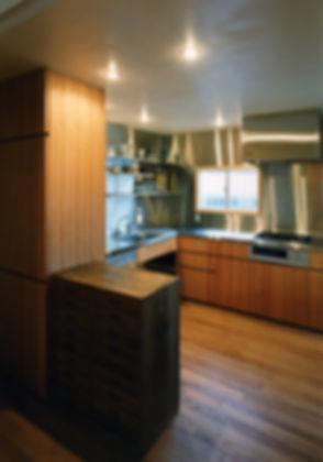藤ノ木台の家 改装 リフォーム 住宅 1階 増築 RC コンクリート造 木造 関西 奈良県 奈良市 和モダン シンプル ナチュラル 無垢フローリング  自然素材 無垢材 建築家 造作 オーダー キッチン ステンレス 使いやすい 掃除がしやすい