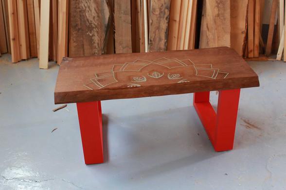 tavolino da soggiorno decorazione mandala