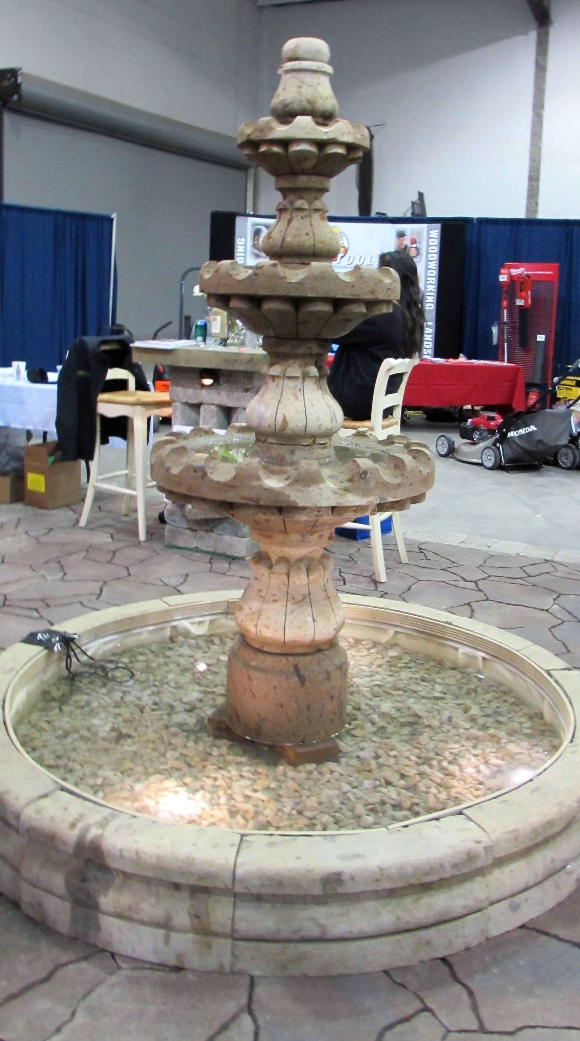 Homeshow fountain
