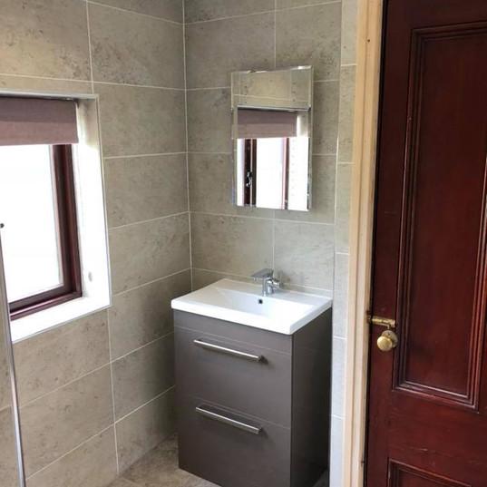 New Bathroom_JDC Construction & Maintenance (14).jpg