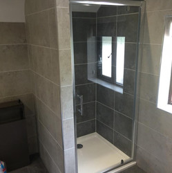New Bathroom_JDC Construction & Maintenance (12).jpg