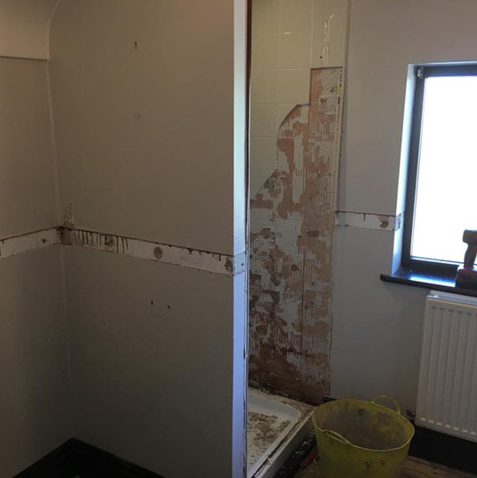 New Bathroom_JDC Construction & Maintenance (2).jpg