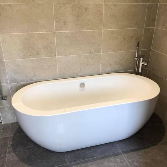 New Bathroom_JDC Construction & Maintenance (13).jpg
