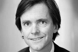 Alexander af Jochnick är styrelseordförande för Tillväxt Stockholm och styrelseledamot för Tillväxt Botkyrka.