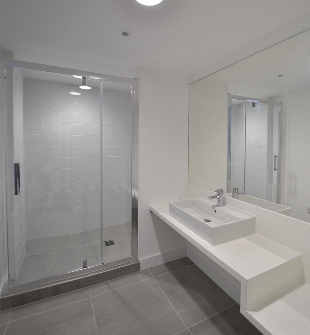 31 Booth Street - Shower