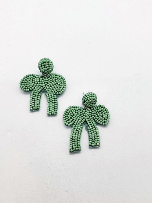 Bow peep beaded earrings- mint green