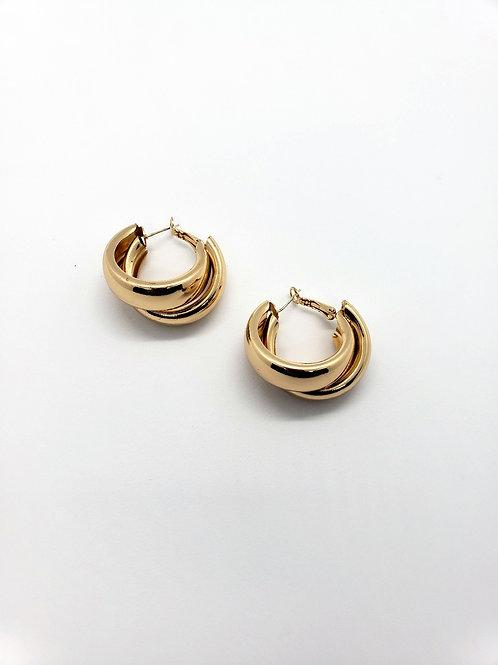 Gold Chunky Huggie earrings