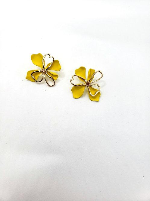 Yellow Marigold flower studs