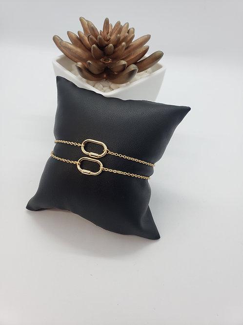 Gold single link bracelet