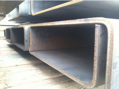 Швеллер гнутый 140x60x5 металлический сталь 3пс/сп ГОСТ 8278-83 длиной 12 метров