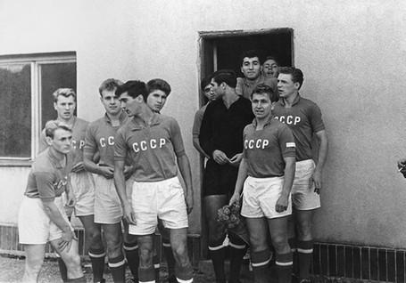 Sbornaya-USSSR-1961-1966-1.jpg