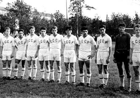 Sbornaya-USSSR-1961-1966-12.jpg