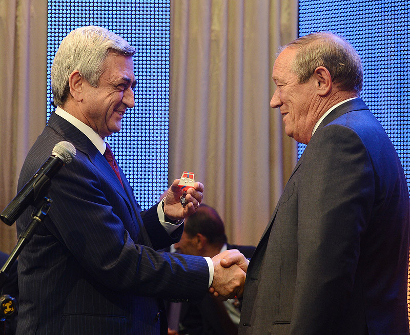 40 лет. Торжественный вечер, вручение наград Президентом Армении, Казарян