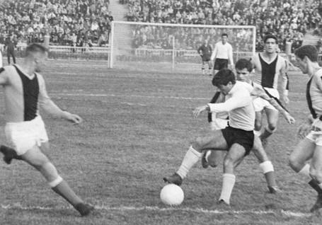 Neftchi-1961-1970-47.jpg