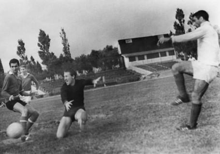 Neftchi-1961-1970-110.jpg