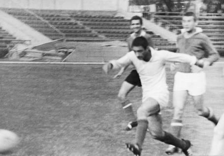 Neftchi-1961-1970-109.jpg