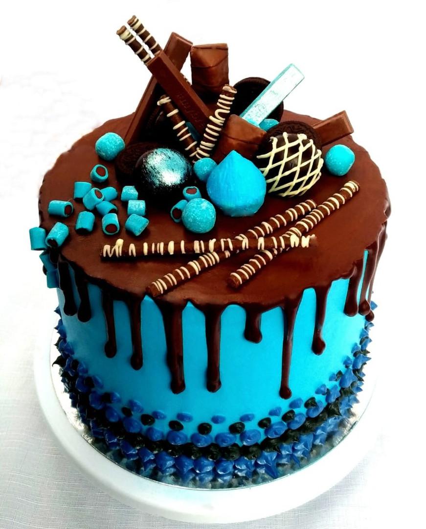 Chocolate Stracciatella Cake