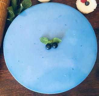 Blue spirulina cheesecake