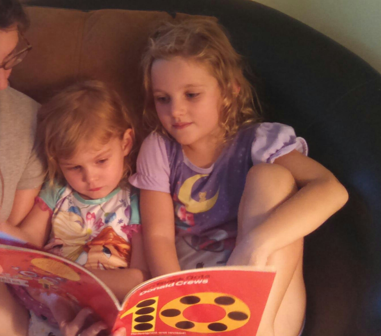 Cousin reading session