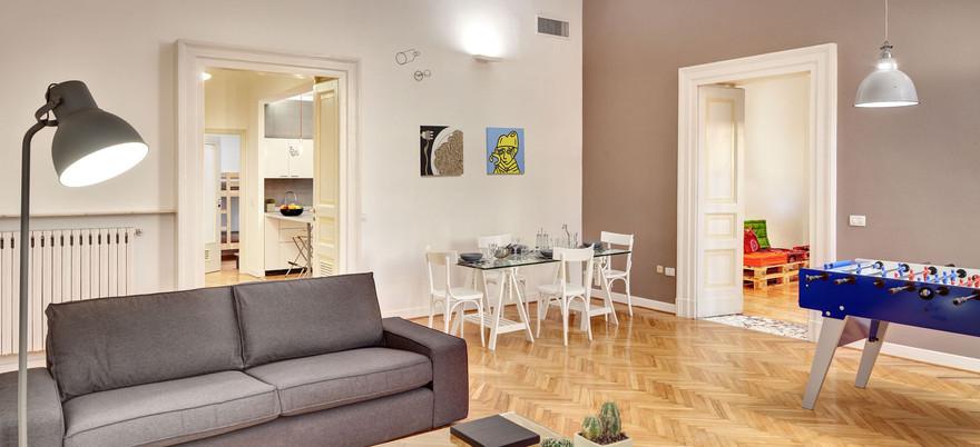 Colf per pulizia salotto appartamenti