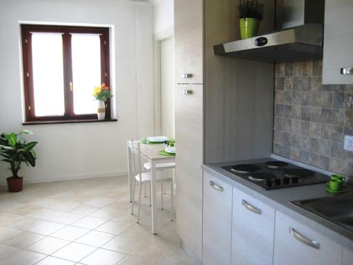 pulizia cucina appartamento