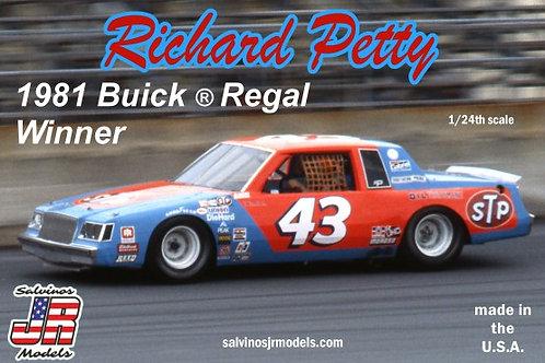 Salvinos JR 1981 Richard Petty Buick Regal
