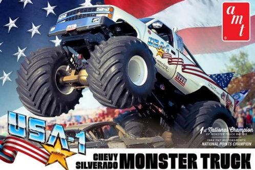 AMT USA-1 Chevrolet Silverado Monster Truck